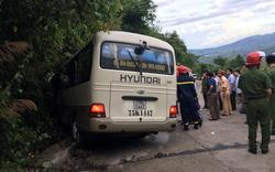 Xe khách chở đoàn sinh viên nước ngoài gặp nạn khi tham quan Bạch Mã