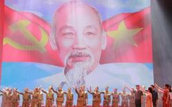 Chương trình nghệ thuật kỷ niệm 129 năm sinh nhật Chủ tịch Hồ Chí Minh