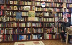 Tặng sách, nhưng không cho mượn