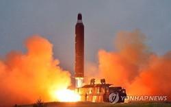 Bất ngờ loạt tên lửa Triều Tiên phóng sau 17 tháng