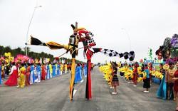 """Sau Carnaval, điều gì giúp du lịch Hạ Long tiếp tục """"bùng cháy"""" mùa hè này?"""