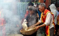 Hàng nghìn người tham dự Lễ hội bánh chưng - bánh giầy TP Sầm Sơn năm 2019