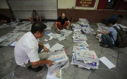 Những người đọc báo sớm nhất Hà Nội
