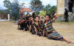 Sưu tầm di sản văn hóa truyền thống các dân tộc thiểu số Raglai, Êđê, T'rin
