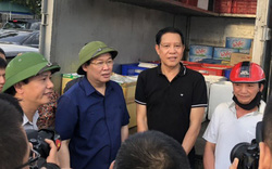 Phó Thủ tướng Vương Đình Huệ động viên các lực lượng vũ trang, nhân dân và doanh nghiệp tham gia chữa cháy