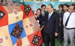Thủ tướng Nguyễn Xuân Phúc dự Hội nghị xúc tiến đầu tư, thương mại, du lịch Lào Cai