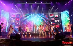 """Các thí sinh cuộc thi """"Tiếng hát ASEAN+3"""" năm 2019 hào hứng trước đêm bán kết"""