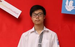 Giáo viên cũng vỡ òa trong hạnh phúc khi Trần Bá Tân giành giải thưởng tại kỳ thi Olympic Hóa học quốc tế năm 2019