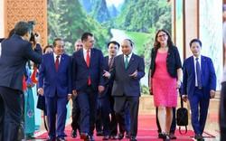 Vấn đề kinh tế nổi bật trong tuần: BigC bị phản ứng dữ dội khi ngừng nhập hàng may mặc Việt