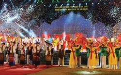 Gần 2.000 nghệ nhân, nghệ sĩ, vận động viên quần chúng tham dự Ngày hội Văn hóa, Thể thao và Du lịch đồng bào Chăm 2019