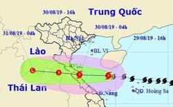 Di chuyển với tốc độ 20 km/h, bão số 4 đang tiến nhanh về các tỉnh Bắc Trung bộ