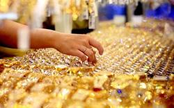 Giá vàng hôm nay (8/8): Tăng vù vù lên mốc 42 triệu đồng/lượng