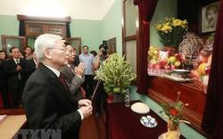 Tổng Bí thư, Chủ tịch nước Nguyễn Phú Trọng dâng hương, tưởng niệm Chủ tịch Hồ Chí Minh tại Nhà 67