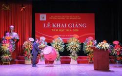Thứ trưởng Tạ Quang Đông đánh trống khai giảng năm học 2019-2020 của trường Đại học Văn hóa Hà Nội