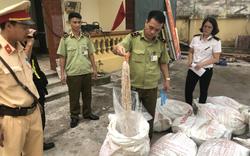 Thu giữ 700 kg lòng lợn đã qua chế biến, bốc mùi hôi thối
