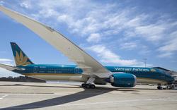 Vietnam Airlines lùi thời gian cất cánh nhiều chuyến bay do ảnh hưởng bão Tapah