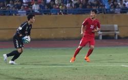 Cầu thủ Triều Tiên bênh Bùi Tiến Dũng sau bàn thắng gỡ hòa