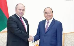 Thủ tướng hoan nghênh các đề xuất hợp tác kinh tế của Belarus với Việt Nam