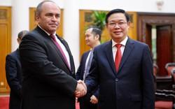 Việt Nam luôn coi trọng củng cố, phát triển quan hệ hữu nghị truyền thống và hợp tác nhiều mặt với Belarus