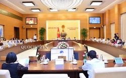UBTVQH ban hành Nghị quyết về nhân sự