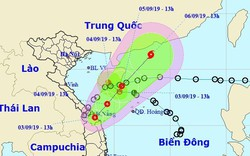 Cập nhật: Áp thấp nhiệt đới quay ra Biển Đông khả năng mạnh lên thành bão, miền Trung tiếp tục mưa lớn