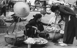 Độc đáo gánh hàng rong và những tiếng rao trên đường phố Hà Nội