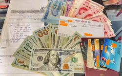 Một hành khách nước ngoài bỏ quên ngoại tệ trị giá 125 triệu đồng trên máy bay