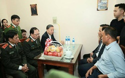 Bộ trưởng Tô Lâm thăm, động viên gia đình các chiến sĩ hy sinh tại Đồng Tâm