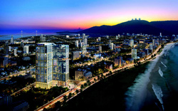 Đà Nẵng: Cất nóc dự án căn hộ cao cấp mặt tiền biển Mỹ Khê