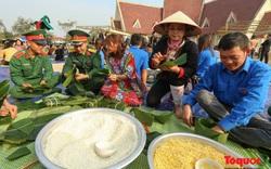 Hơn 1.000 bánh chưng xanh cùng người nghèo ăn Tết Canh Tý 2020