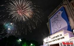 Chiêm ngưỡng màn pháo hoa đêm Giao thừa Canh Tý 2020 ở Hồ Gươm