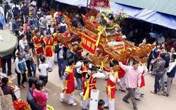 Lễ hội Tản Viên Sơn Thánh lần đầu tiên phục dựng nghi lễ rước kiệu liên vùng sau nhiều năm gián đoạn