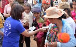 Gia Lai: Hàng trăm phần quà giá trị đến trẻ em nghèo Bahnar, nhân dịp Xuân Canh Tý