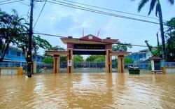 Thừa Thiên Huế cho học sinh nghỉ học để phòng tránh bão số 8