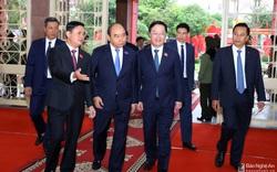 Thủ tướng Nguyễn Xuân Phúc dự Đại hội Đảng bộ tỉnh Nghệ An