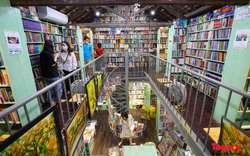 Ghé thăm tiệm sách độc đáo lâu đời bậc nhất trên