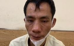 """Hà Nội: Mặc áo mưa khi trời không mưa, gã đàn ông bị phát hiện mang theo ma tuý khi gặp """"chốt"""" 141"""