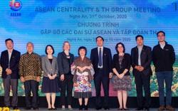 Gặp gỡ các Đại sứ ASEAN và Tập đoàn TH
