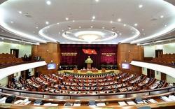 Thủ tướng Nguyễn Xuân Phúc điều hành ngày làm việc thứ hai của Hội nghị Trung ương 13