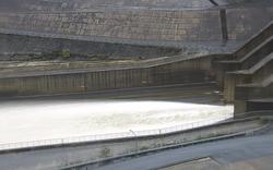 Mưa lớn, Huế cho học sinh nghỉ học, yêu cầu điều tiết các hồ thủy điện