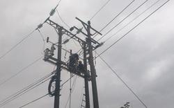EVNCPC khẩn trương khôi phục lưới điện sau bão số 13