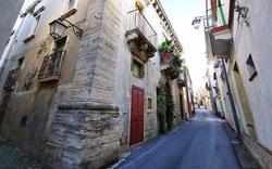 Ngôi làng Italy được truyền cảm hứng kích cầu du lịch sau chiến thắng của ông Biden