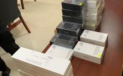 """Thu giữ 50 iphone trong chiến dịch truy quét điện thoại """"lậu"""" tại TP.HCM"""