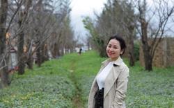 """Giới trẻ hào hứng """"check-in"""" hàng cây rụng lá đẹp như tranh vẽ ở Đà Nẵng"""
