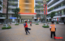 Điện Biên: 34 học sinh tiếp xúc với bố, mẹ trở về từ Trung Quốc có biểu hiện ho, sốt