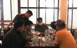 """Phạt khách sạn cho 16 người Trung Quốc lưu trú """"chui"""""""