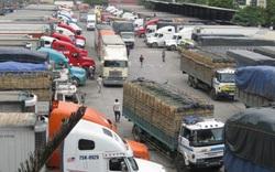 Vẫn còn hàng trăm xe hàng chờ thông quan tại các cửa khẩu phía Bắc