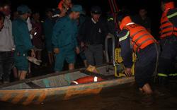 Lật thuyền trên sông Vu Gia, 2 người chết, 4 người mất tích