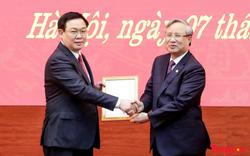 Công bố quyết định Phó Thủ tướng Vương Đình Huệ giữ chức vụ Bí thư Thành ủy Hà Nội