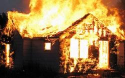 Cháy nhà trong đêm, 3 cha con tử vong thương tâm